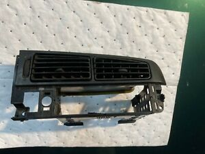 Center Dash Air Vent Set Vw Jetta Golf Gti Cabrio Mk3