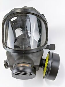 Msa Phalanx Police military Gas Mask With Carrier And Filter Size Large Shtf