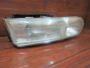 Chrysler Lhs New Yorker 1994 1995 1996 1997 Right Passenger Headlight