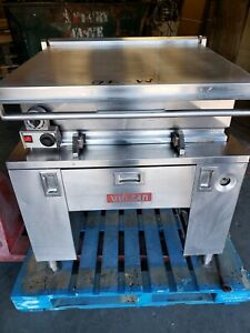 Vulcan 30 Gallon G300 Natural Gas Tilt Skillet Automatic Control Tested 70