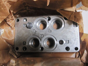 Vickers Dgms 8 10 t16 587260 Sub plate New