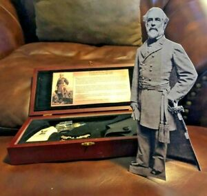 Robert E. Lee Pocket Pistol Shape Knife W Holster and 10.5 Tabletop Lee Standee $35.00
