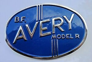 B F Avery Tractor Grill Medallion Model r With Mounting Bolts