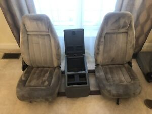 1973 87 Chevy Hard To Find Bucket Seats With Center Console And Mounting Bracket