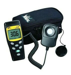 new Ideal Digital Light Meter W 59 Cable 61 686 Brand New