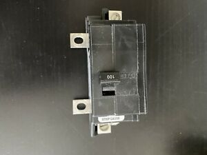 Square D 100 Amp Main Circuit Breaker 120 240 Vac 2 Pole Qom100vh