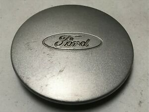 Ford Crown Victoria Oem Wheel Center Cap Painted Silver Alloy Yw73 1a096 Aa 6 5