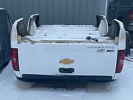 Oem 2007 2013 Chevy Silverado 8 White Truck Bed With Gate And Lights