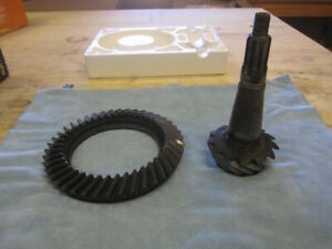 Chrysler 8 75 Ring And Pinion Gears 489 Case 3 23 Ratio 10 Spline 8 3 4