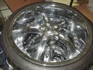 Reduced 2 Crave 22 Inch Rims Mounted 90 Percent Tires 2600 Msrp Light Use 5x120