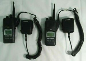 Harris P5400 Professional Multi Mode Two way Radios W Mics Lot Of 2