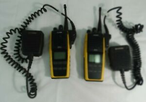 Harris Xg 75 Multi Mode Two Way Radios W Mics Black Yellow Lot Of 2