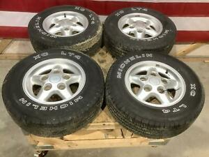 94 98 Land Rover Discovery 1 16 Wheel Tire 235 70 16 Set Michelin Tires