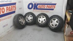 95 Chevy Truck 1500 Oem Complete Wheel Set Pair Aluminum