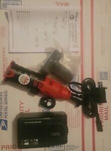Snap On Ctr714aw1 1 4 Microlithium Cordless Ratchet red 1 Battery charger tool