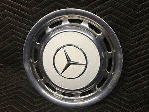 1969 To 1983 Mercedes Benz 240d 450 Sel Pagoda Hubcap White 3