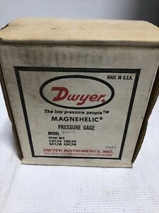 Dwyer Instruments Magnehelic Differential Pressure Gage 15 Psi Model 2008