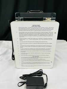 Stereo Optical Co Optec 900 Color Vision Tester Fansworth Lantern Equivalent