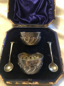 Antique Set Of Sterling Silver Salt Cellars With Spoons In Original Box