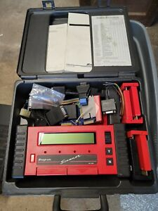 Snap On Tools Mt2500 Scanner W Cables Cartridges Adapters And Accessories