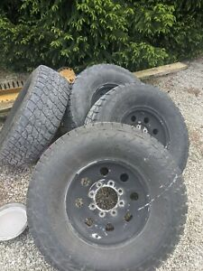 Ford F250 Tires Wheels 16 In Nittto Tera Grappler Tires 8 X 170 295 75 16