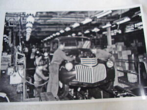 1946 Chevrolet Truck Assembly Line 11 X 17 Photo Picture