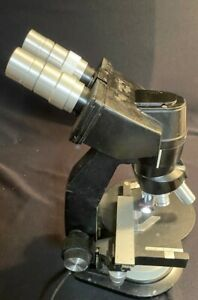 Baush And Lomb Microscope With Light And 4 Lenses pre Owned