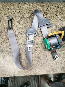1999 Toyota Tacoma Left Side Rear Seat Belt Gray Grey Extended Cab Back Driver