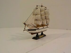 R Vintage Hand Crafted Wood Model Decor Nautical Sailboat Galion Miniature