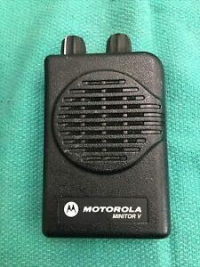 Motorola Minitor V 5 Low Band Pager 45 48 9mhz 2 Ch Non Stored Voice Tested100