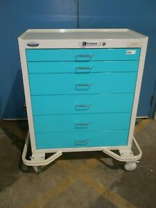 Armstrong Medical A smart Emergency Crash Cart With 6 Drawers