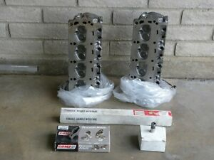 Ford 302 Or 289 Heads