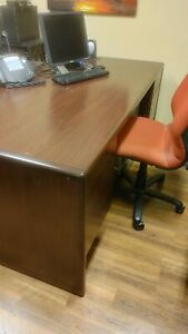 Good Condition Office Desk And Credenza