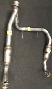 2005 2006 Lincoln Navigator 5 4l Eng Front Exhaust Y Pipe Catalytic Converters