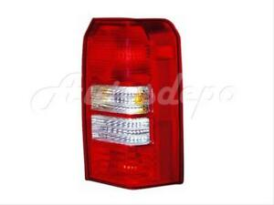 For 2008 Jeep Patriot Taillight Tail Lamp 2 Holes Type Rh