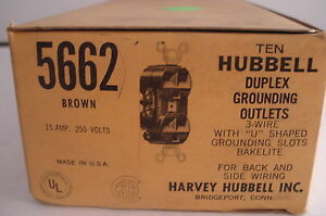 10 New Hubbell 5662 Duplex Grounding Outlet