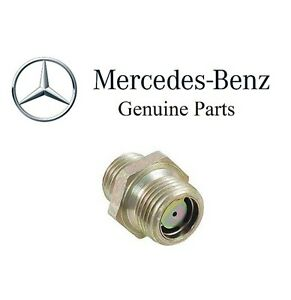 For Mercedes Genuine W116 W123 R126 300sd 240d 300td Vacuum Line Fitting