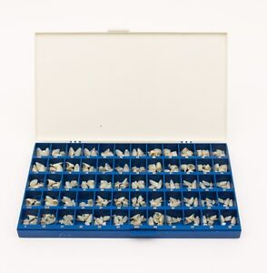 New Polycarbonate Temporary Dental Crowns Box Kit 180 Pcs With Paper Guide Chart