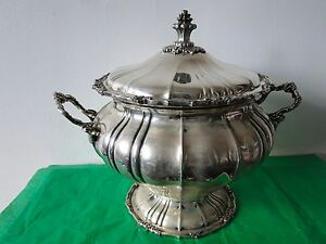 Soup Tureen Sterling Silver 800 French Antique Copy Italy 1940 Good Quality