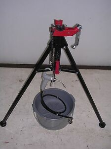 Bucket Oiler Portable Tri stand Vise Reed Rothenberger Collins Pipe Threader