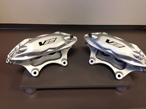 2004 07 Cadillac Cts v Brembo 4 Piston Front Calipers W brake Pads