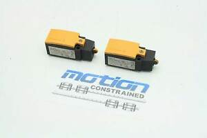 2 Eaton Moeller Ls 11 Plunger Roller Mechanical Limit Switches