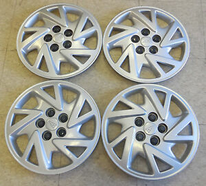 14 2000 01 02 03 04 05 Pontiac Sunfire Hubcaps Wheel Covers 9593210