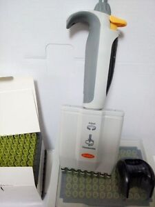 Topscien Variable Volume Pipette Pipetter Pipet Adjustable 121 20 200 l 8 Ch
