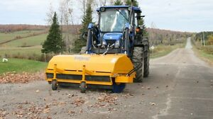 Front mounted Hydraulic Sweeper For Skid Steer Tractor And Other Equipment
