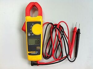 Fluke F302 Digital Clamp Meter Multimeter Tester W Carrying Bag New Usa Seller