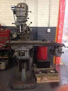 Bridgeport Vertical Milling Machine 9inx42in