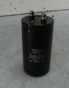 Siemens Electric Capacitor B43564 s2378 q1 250 V 3700 Uf Used Warranty