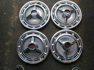 Mid 1960 S Vintage Used Chevrolet Ss 14 Hubcaps