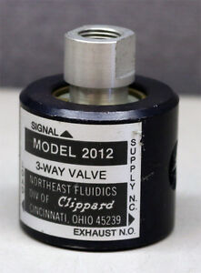 Clippard Model 2012 Minimatic 3 way Pow r amp Control Valve